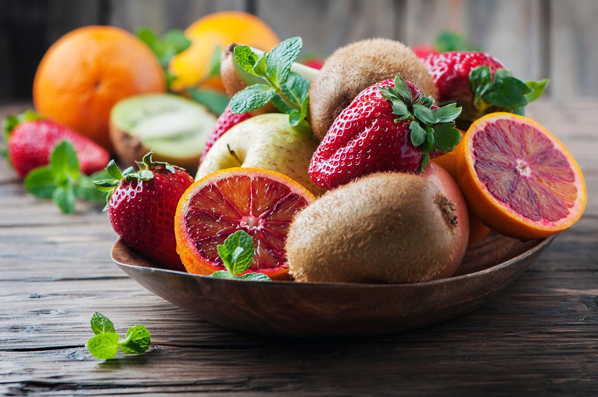 è giusto mangiare frutta